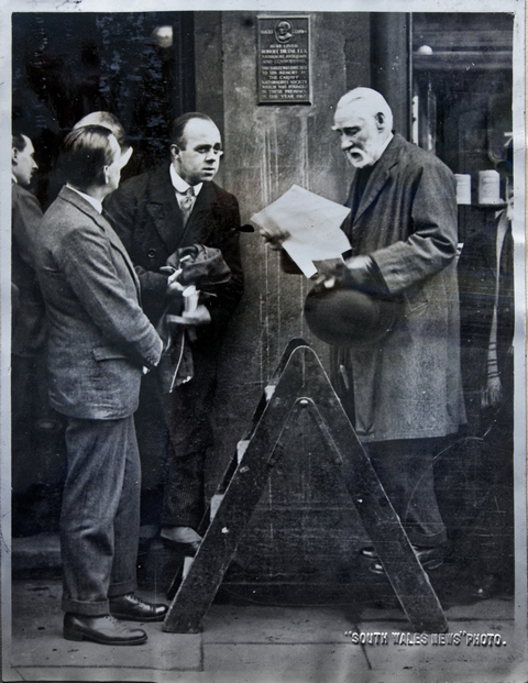 Robert William Atkinson unveiling the Drane Plaque