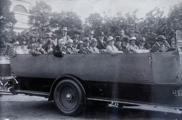 Charabanc departure from the Museum (in the background) possibly at the jubilee